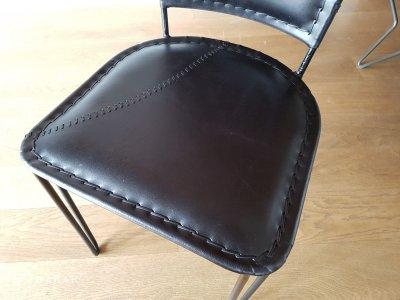 Chaise vintage metal et cuir noir SMART