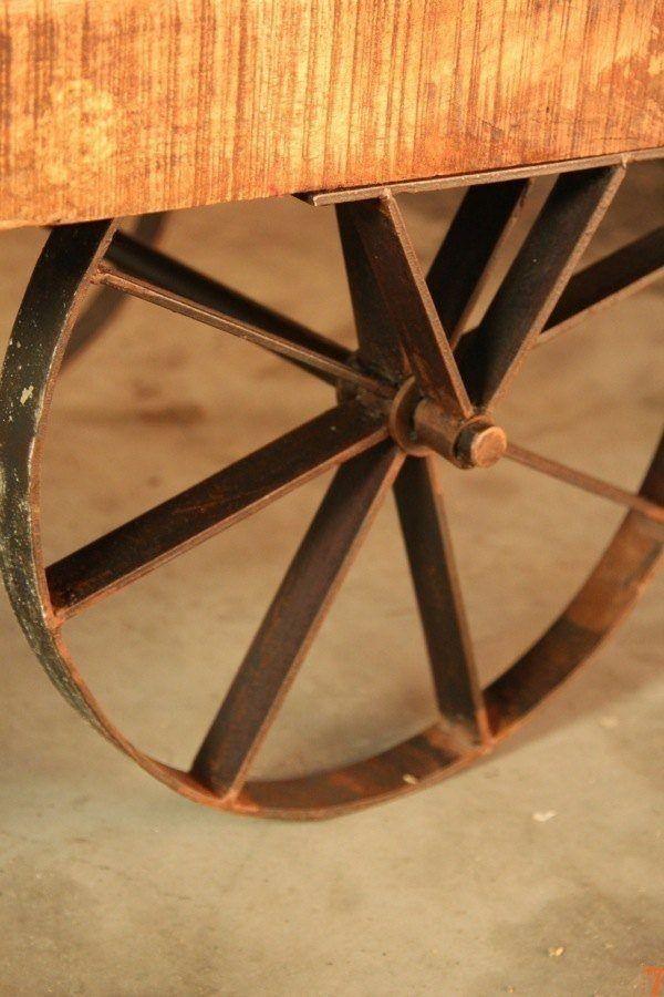 Table basse industrielle charette