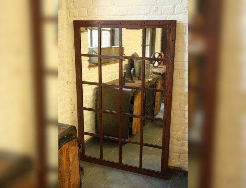Grand miroir industriel finition rouille
