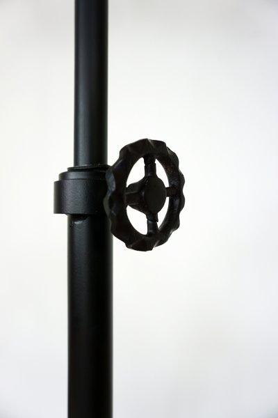 Lampe sur pied industrielle - Metalika