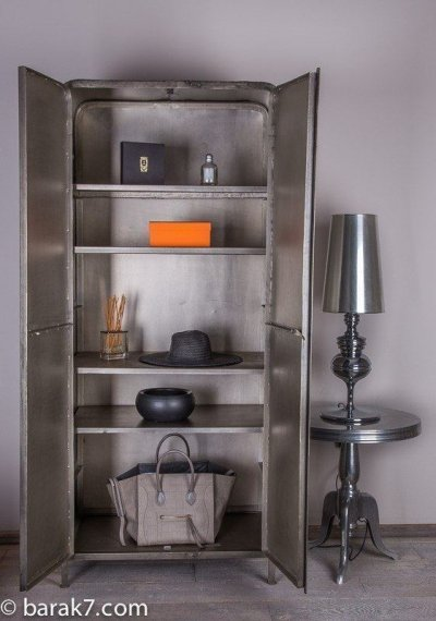 "Armoire industrielle ""Jungle"""