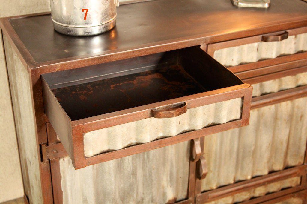 Industrial metal dresser