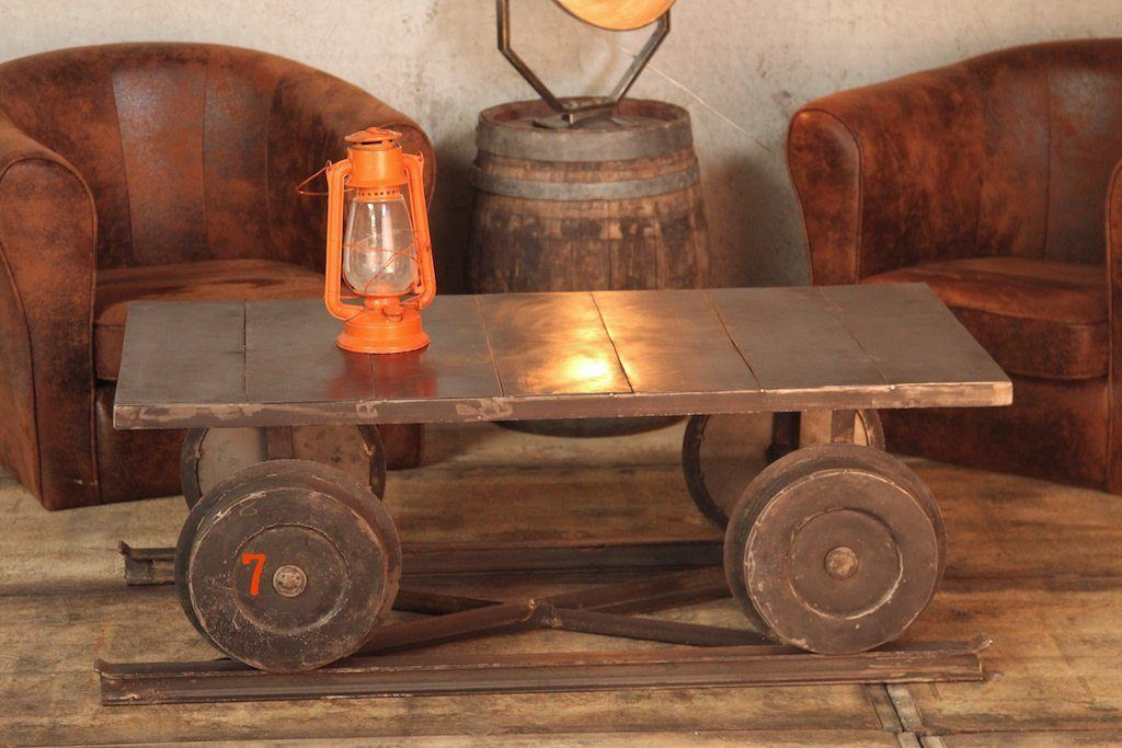 Coffee table with industrial wagon inspiration