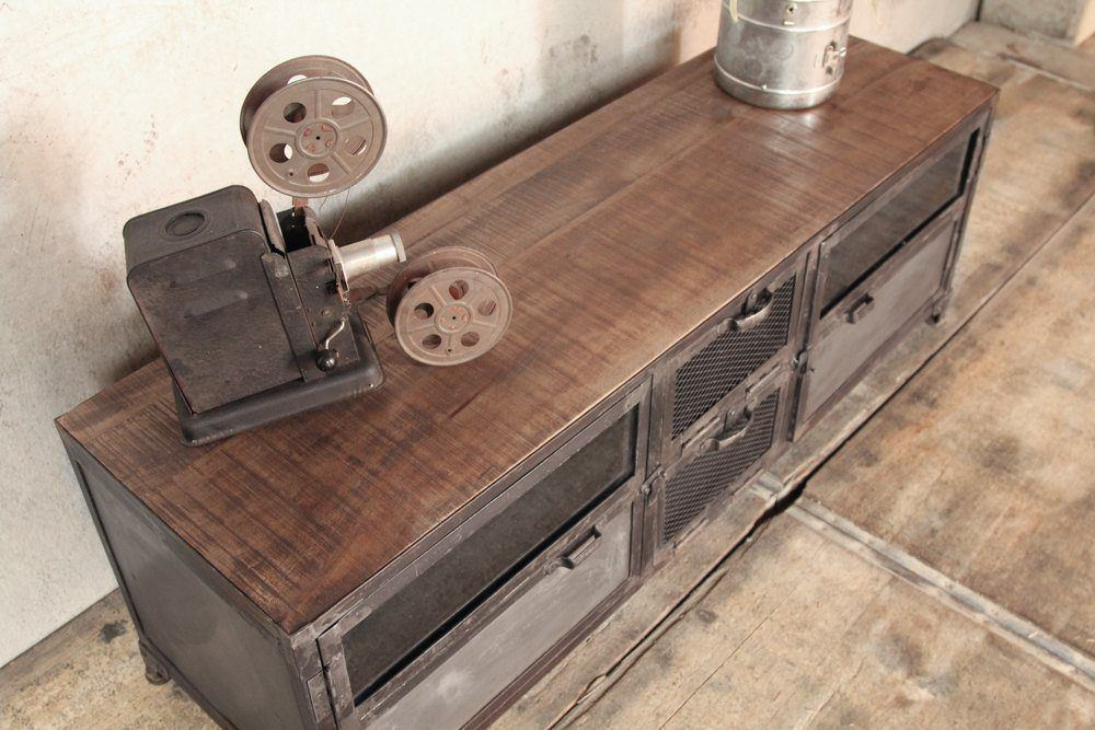 Industrial furniture industrial tv stand in wood and for Meuble tv original