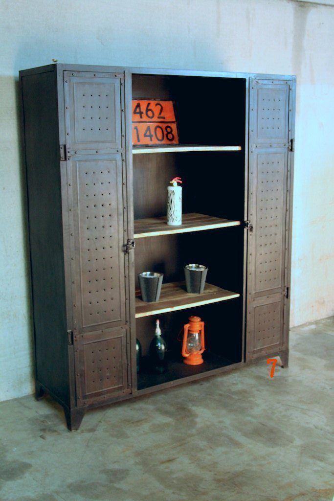 meuble industriel biblioth que industrielle massive. Black Bedroom Furniture Sets. Home Design Ideas