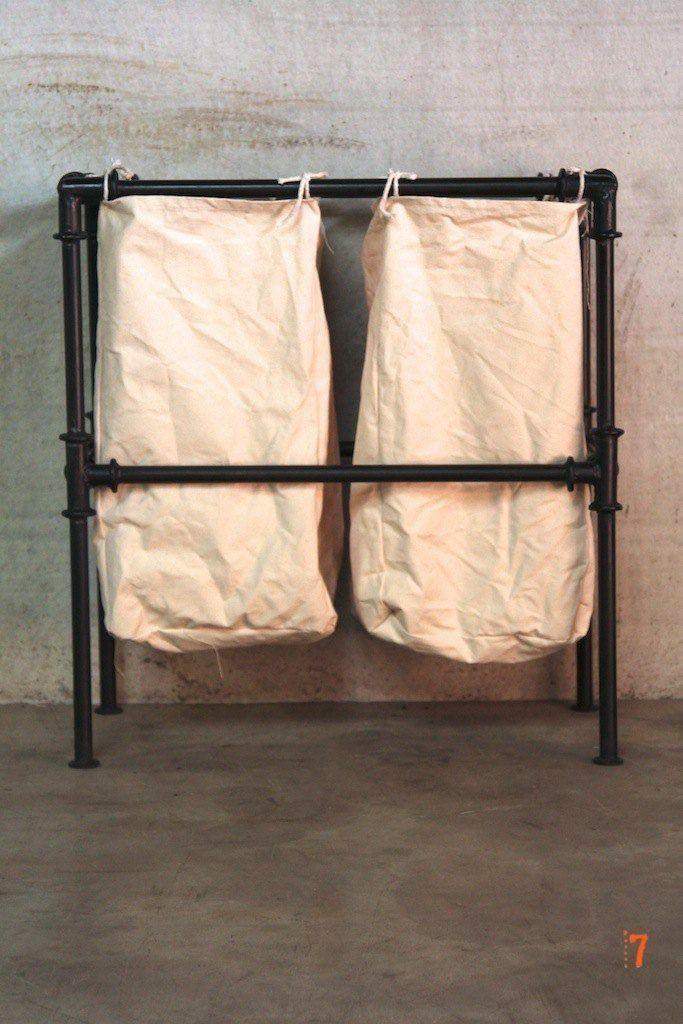 Panier linge de style industriel meuble industriel - Panier a linge salle de bain ...