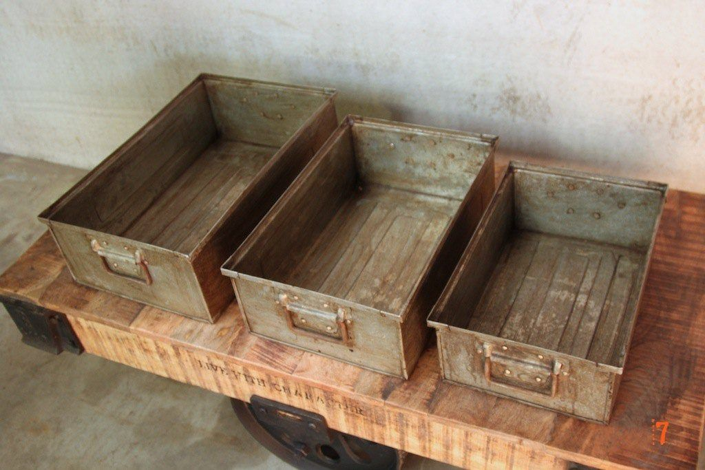 Set of 3 industrial storage boxes