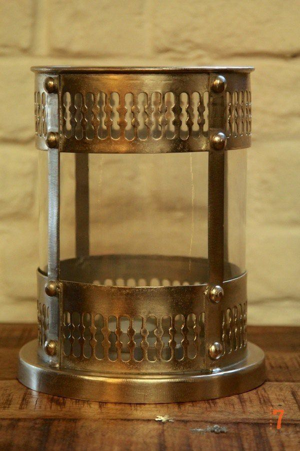 Industrial candle holder in steel and glass
