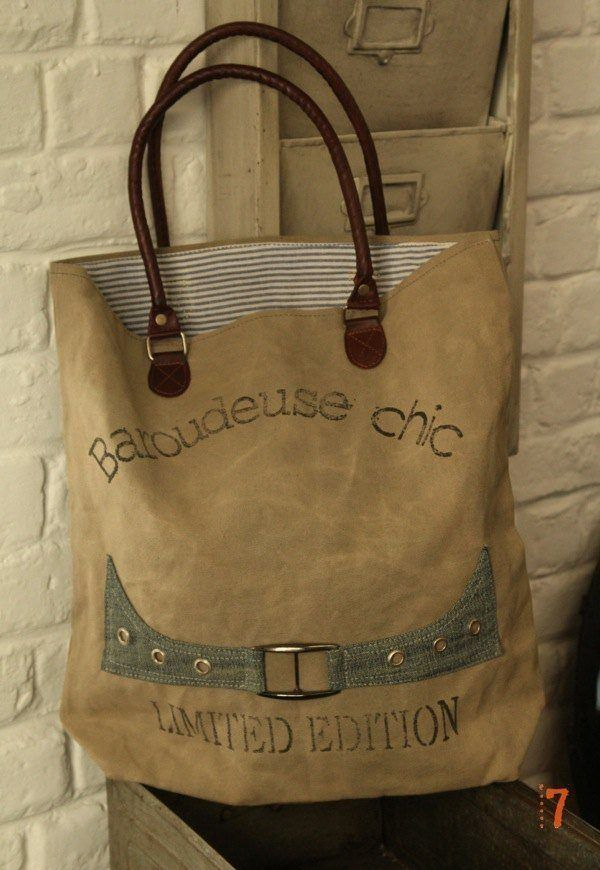 "Recycled canvas bag ""baroudeuse chic"""