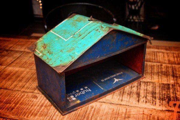 Recycled metal farm set