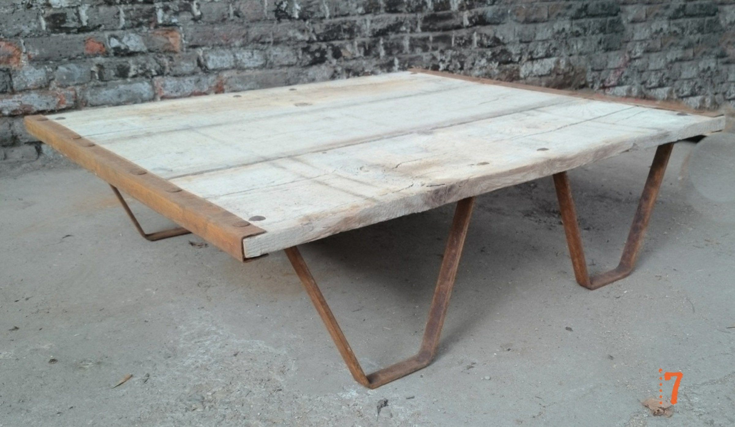 Industrial furniture solid wood garden coffee table barak 39 7 - Table basse exterieure ...