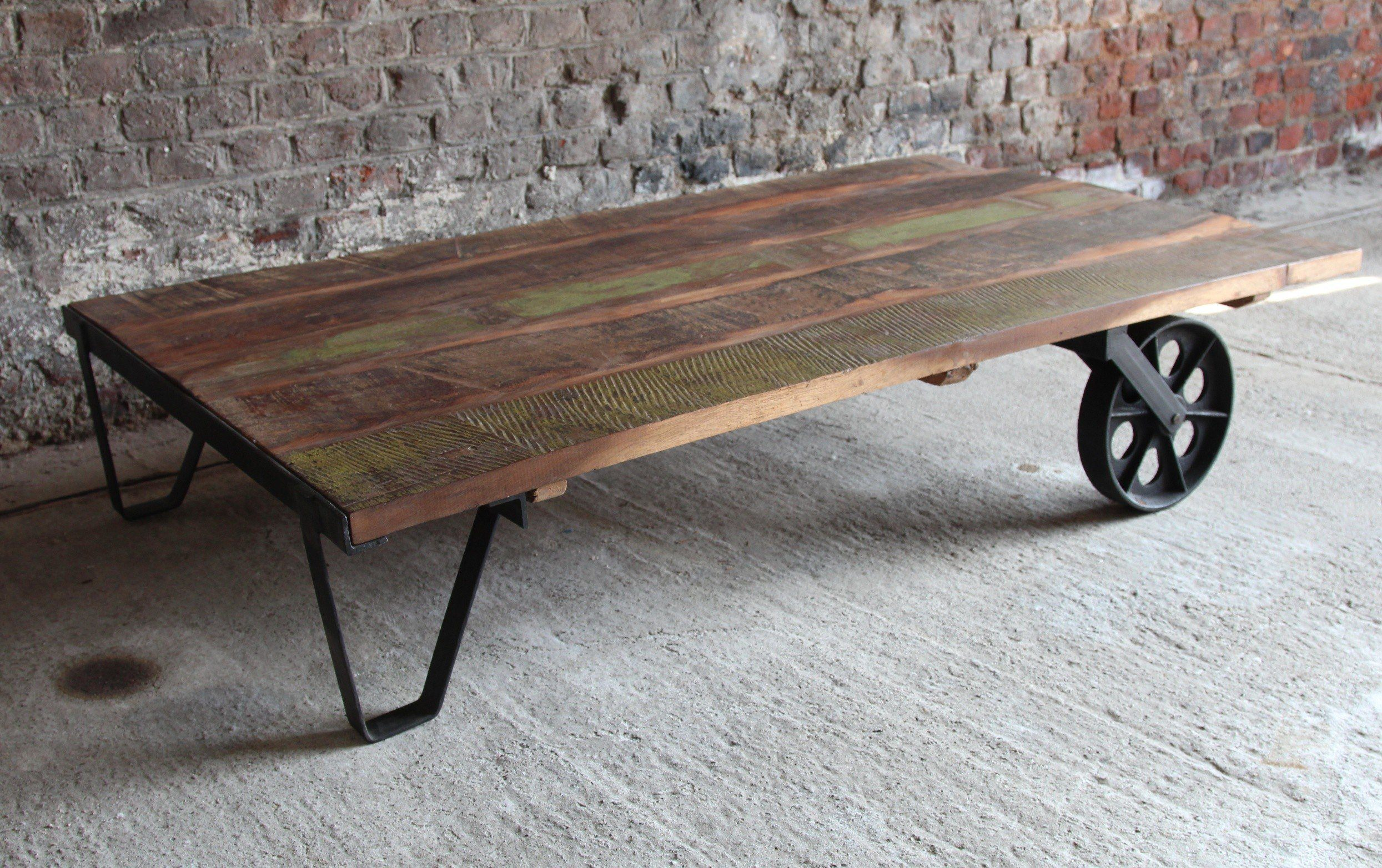 Table basse industrielle bois recycl - Table basse bois recycle ...