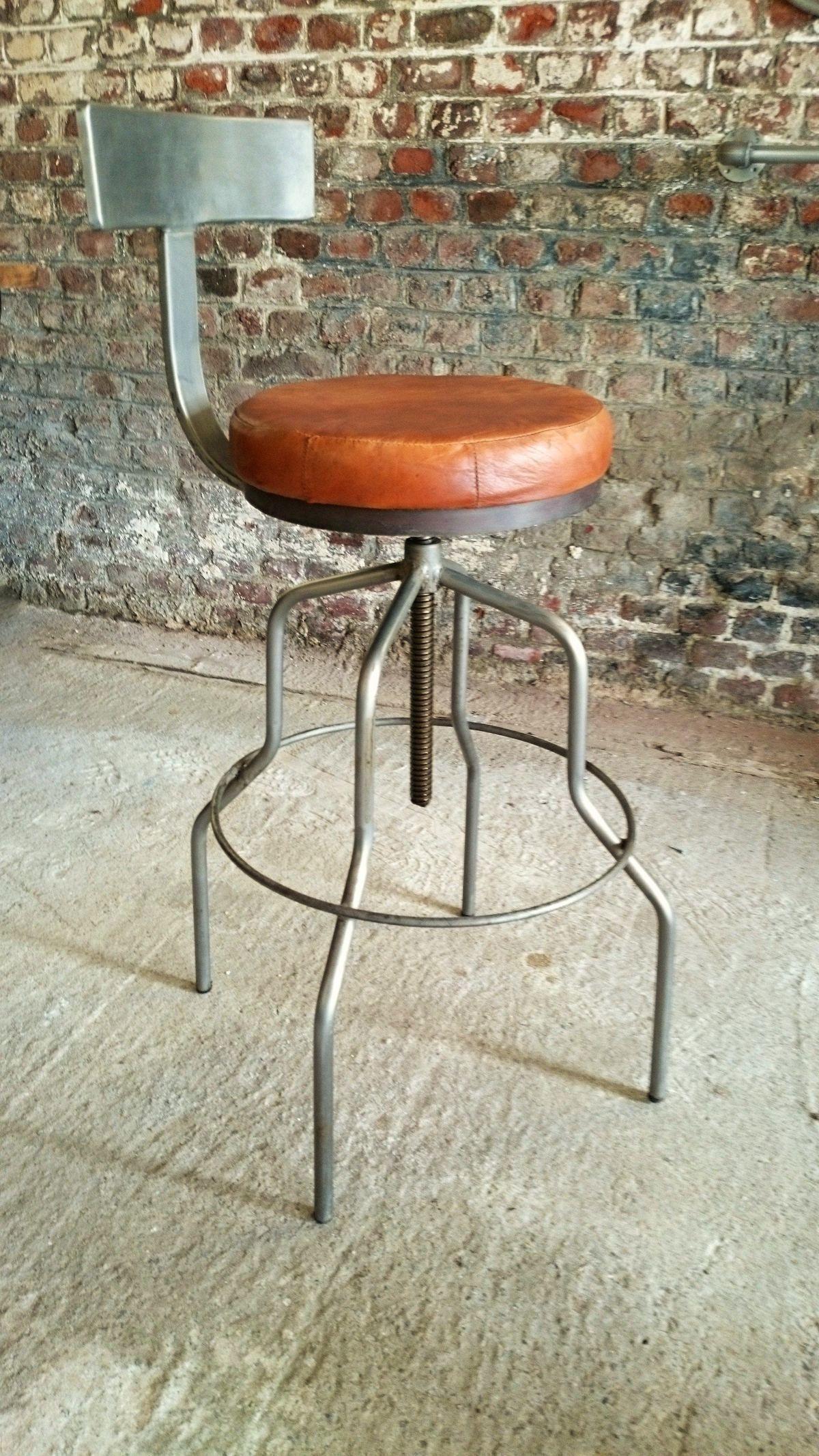 tabouret de bar avec dossier. Black Bedroom Furniture Sets. Home Design Ideas