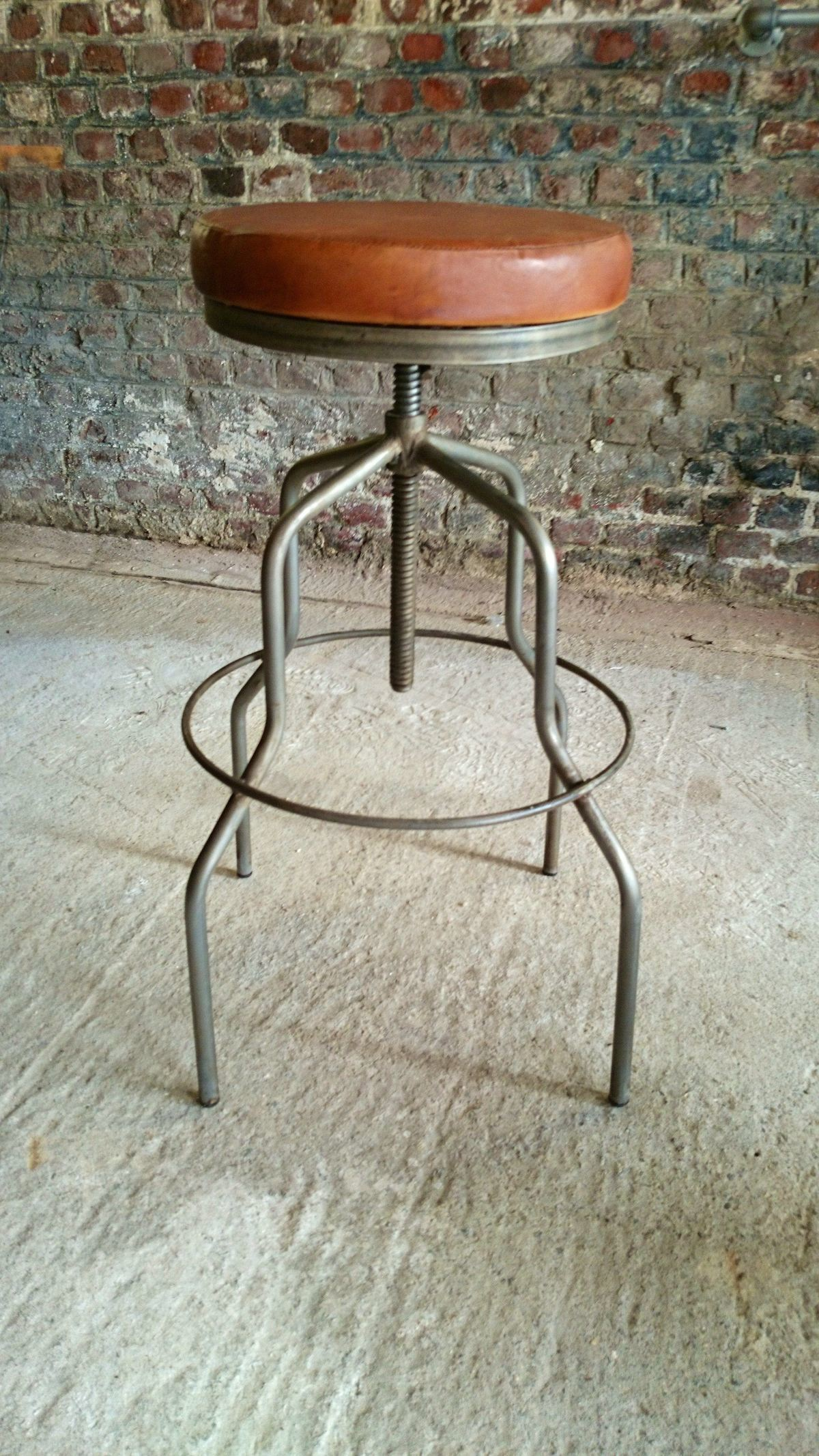 Industrial furniture industrial bar stool barak 39 7 - Tabouret de bar a dossier ...