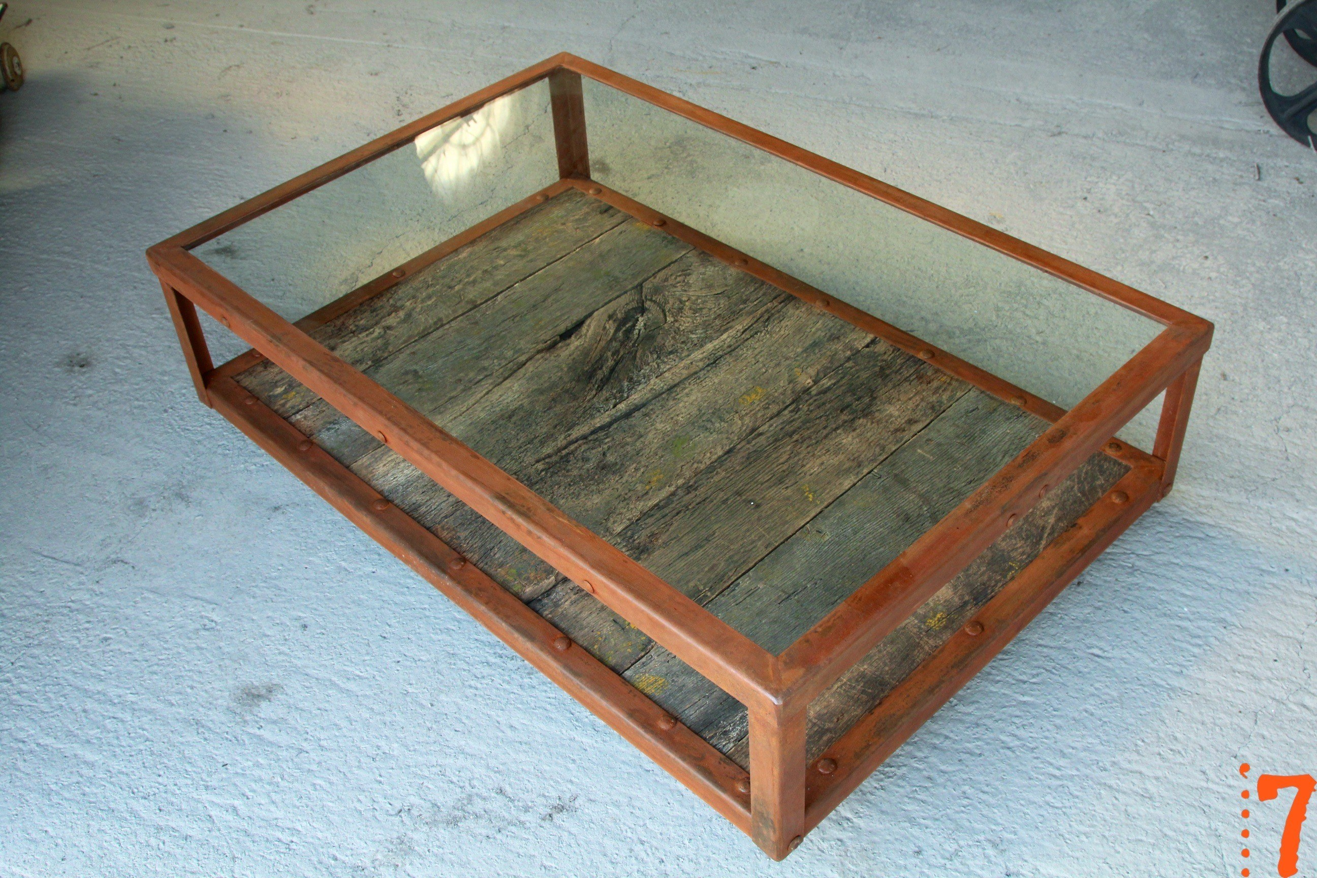 Industrial furniture industrial glass and wood coffee - Table basse original ...