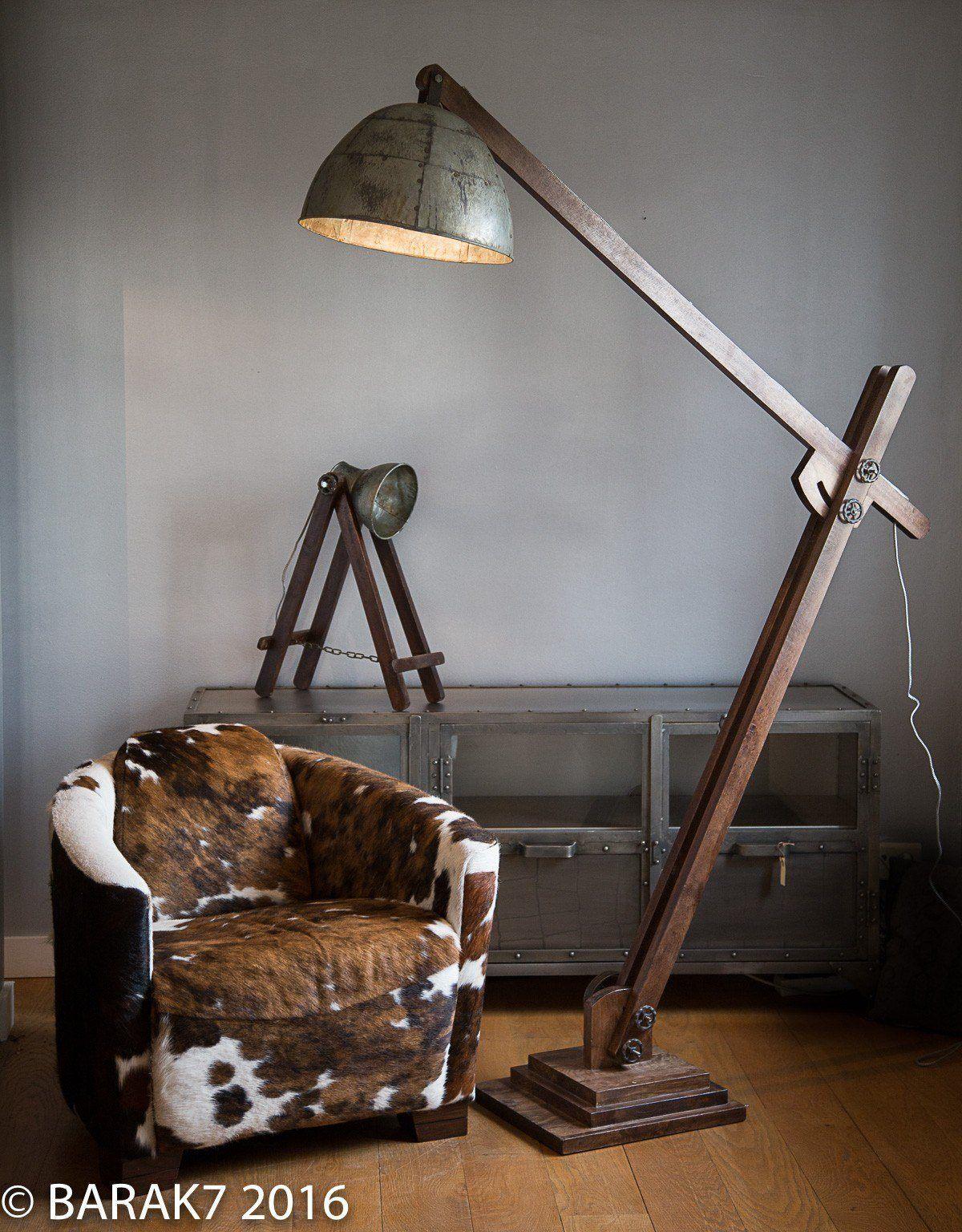 Lampe industrielle sur pied acrobat aluminium recycl for Lampe de bureau sur pied