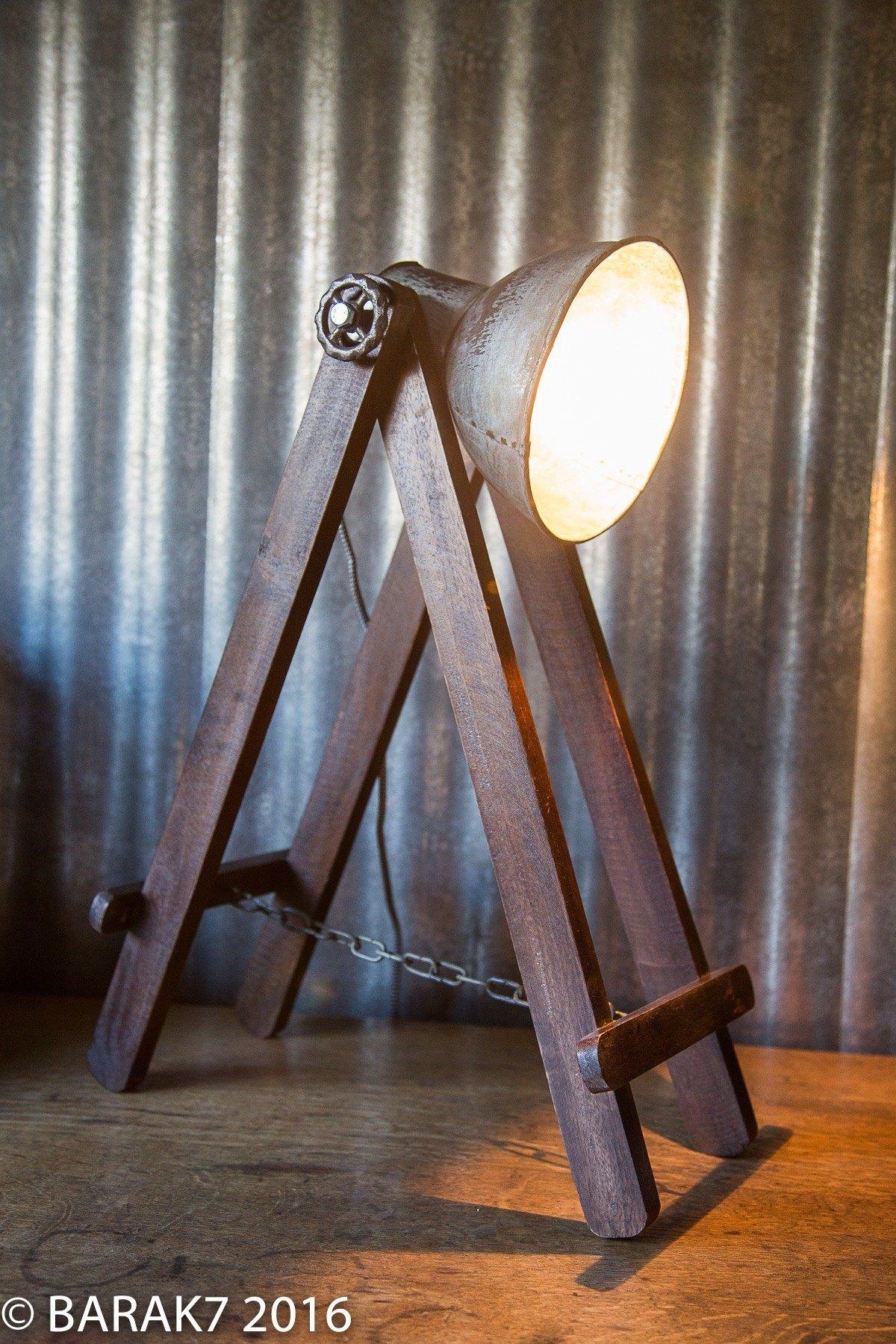 Lampe industrielle Tréteau