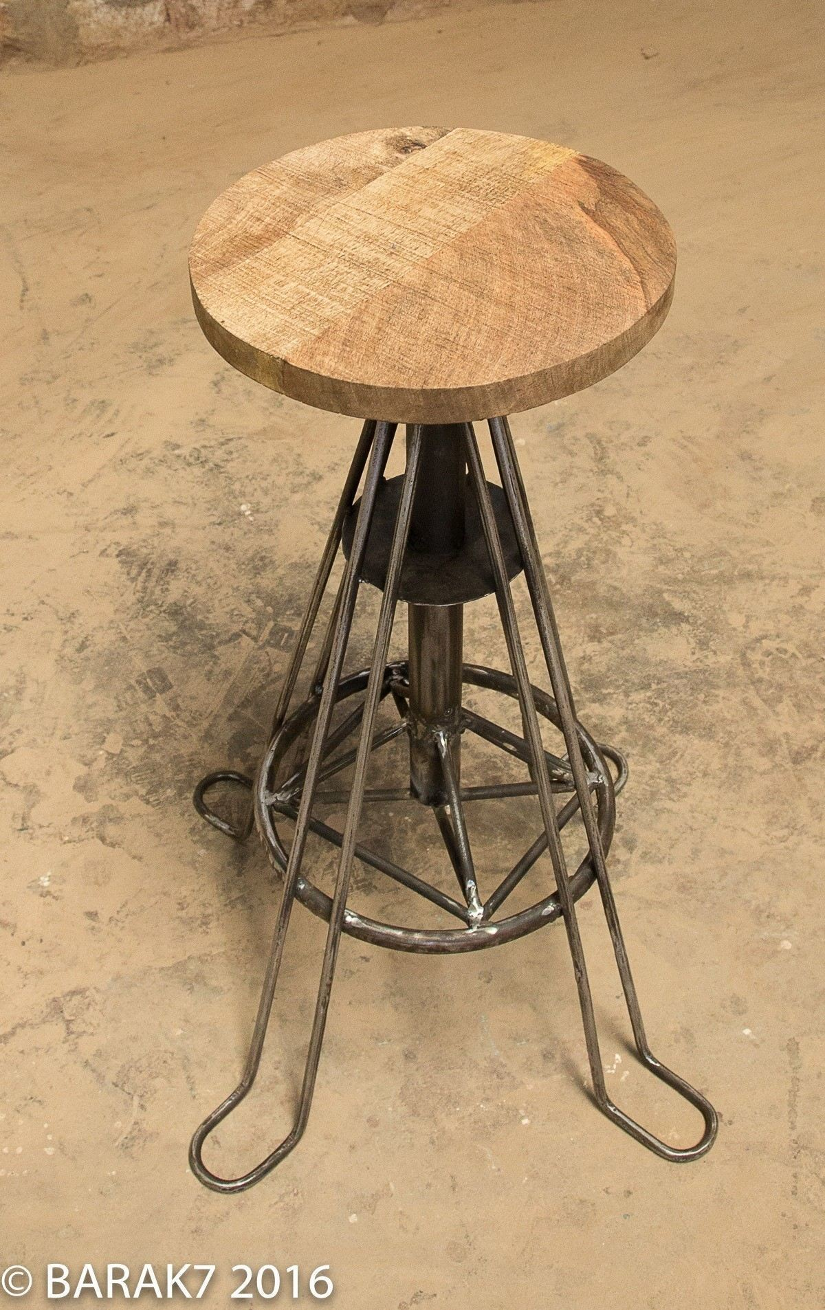 Tabouret industriel bois métal eiffel 3