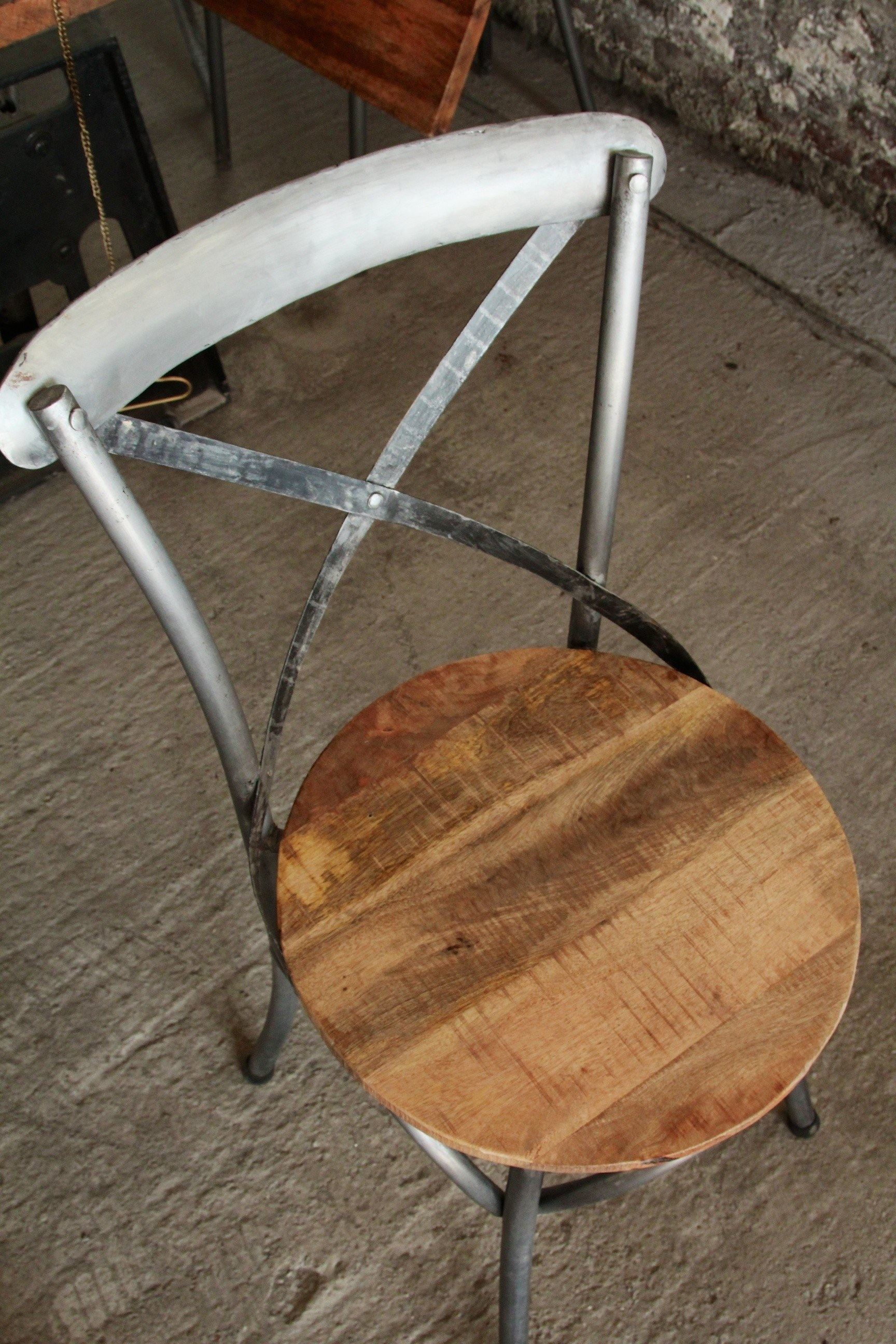 Industrial Furniture Bistro chair in wood and metal BARAK'7 # Chaises Blanches Bois