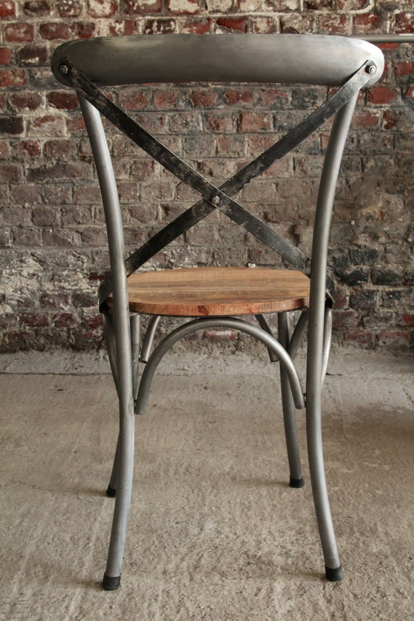 Bistro chair in wood and metal
