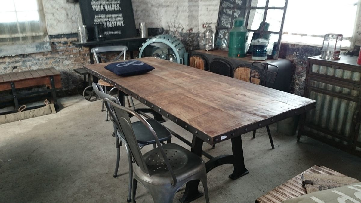 Table de salle manger industrielle extensible - Table a manger industrielle ...