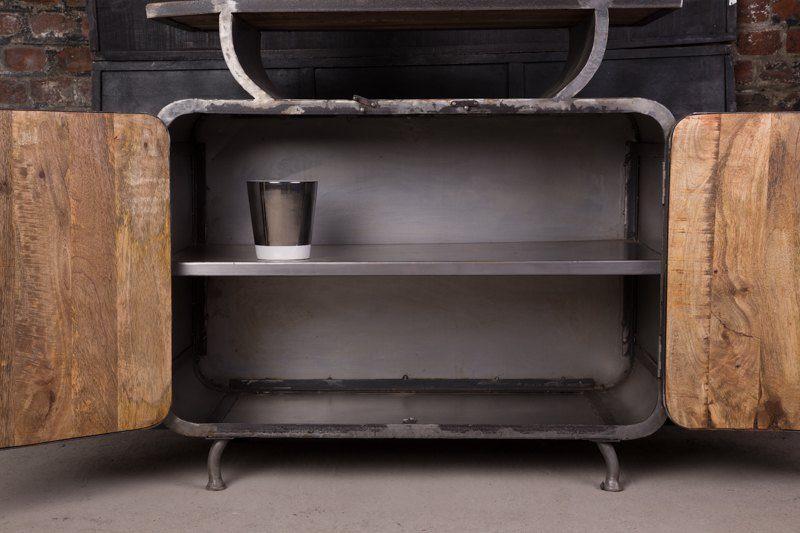 Commode industrielle d'inspiration scandinave
