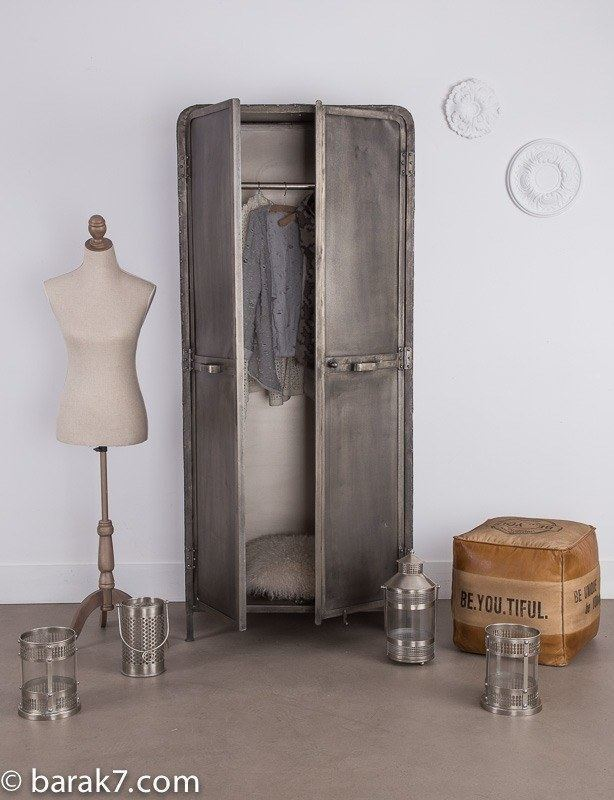 Industrial furniture industrial wardrobe sky barak 39 7 for Armoire sejour
