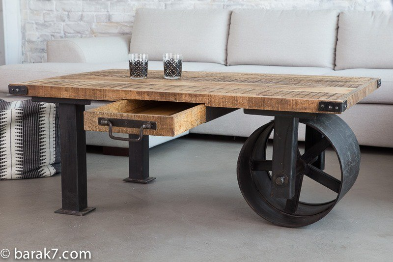 Industrial furniture industrial coffee table with large black wheel barak - Fabriquer table basse originale ...