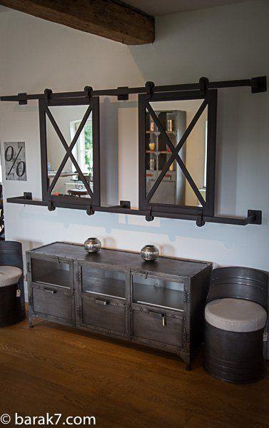 Grand miroir industriel coulissant for Miroir industriel