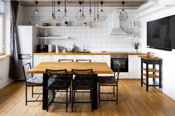 Du mobilier industriel dans une salle à manger : une bonne ou une mauvaise idée ?