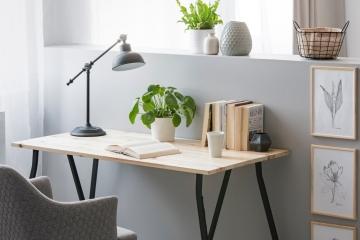 Laissez-vous séduire par un bureau de style industriel ou de style scandinave
