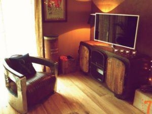 Le meuble TV industriel… On joue les contrastes!