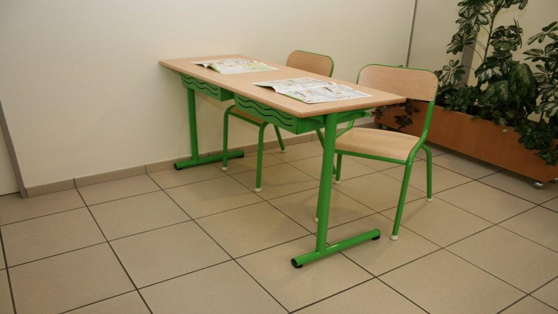 Le mobilier scolaire vintage retrouve preneur